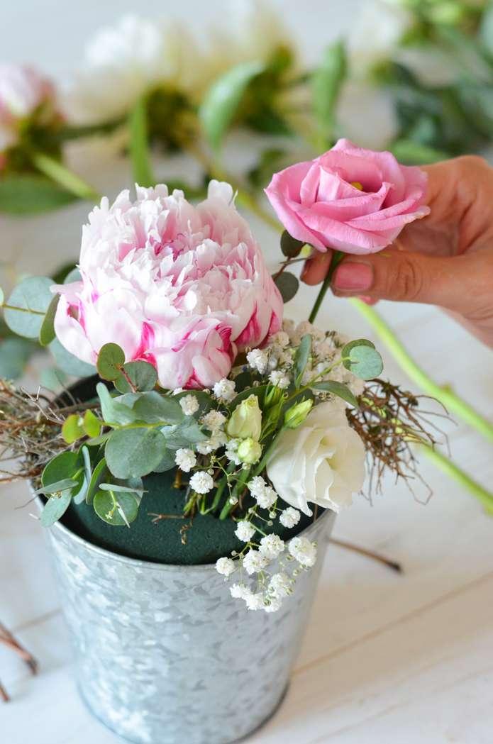 tischdeko mit pfingstrosen selber machen rosa hochzeit teil 3 blumigo. Black Bedroom Furniture Sets. Home Design Ideas