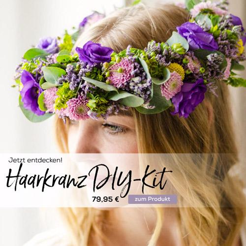 Der bunte Haarkranzkit mit vielen frischen Schnittblumen von Blumigo.de für den lustigen Mädelsabend