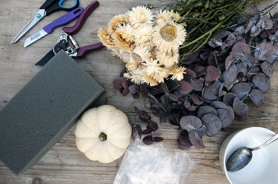 Materialien für Baby Boo Trockenblumen Deko